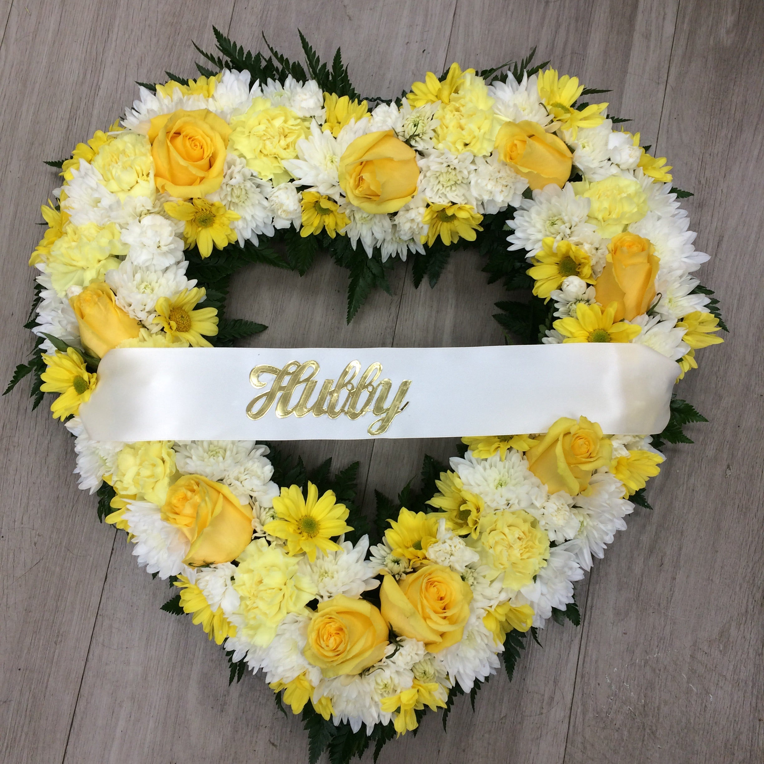 Wreaths, hearts and crosses
