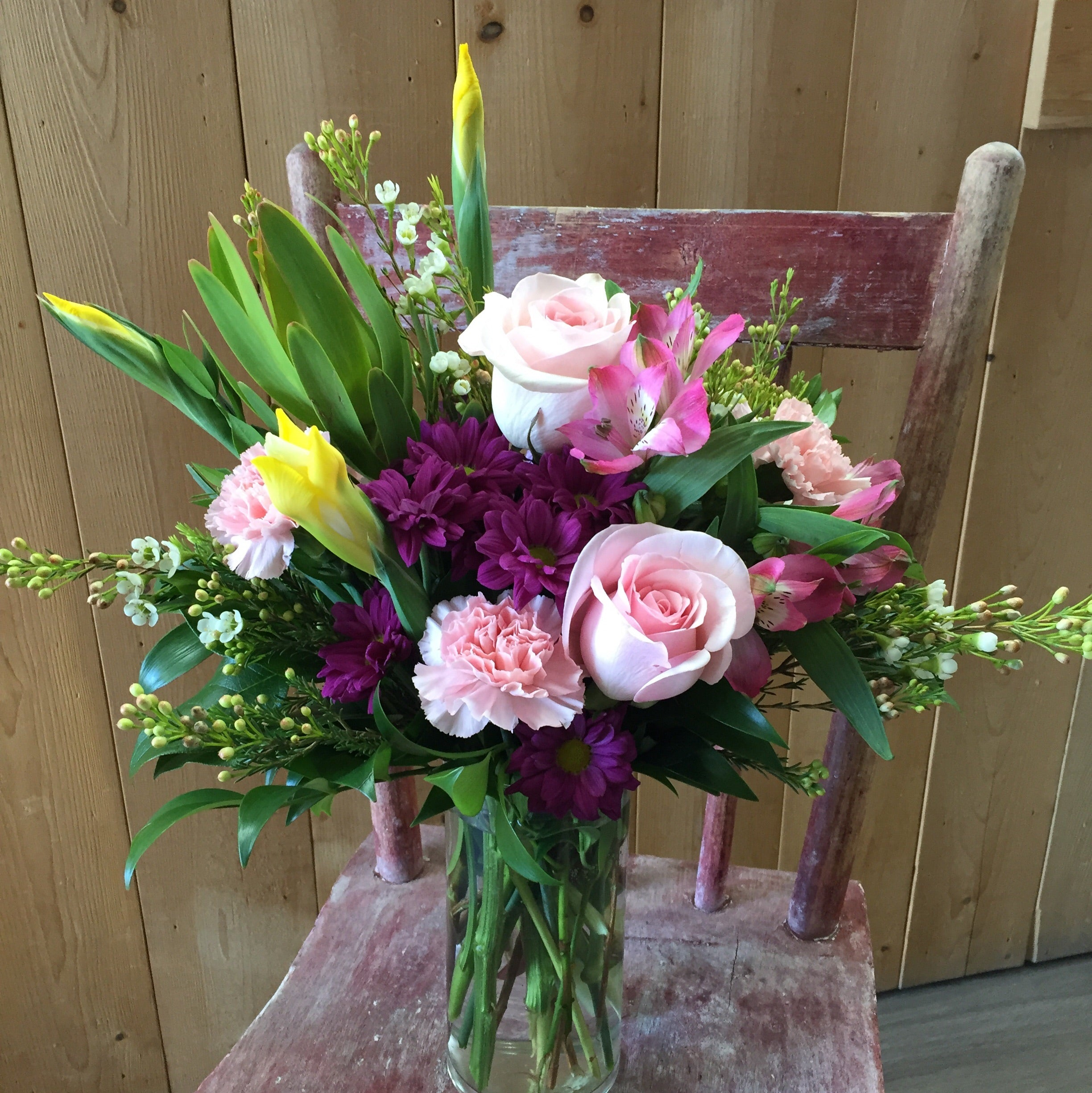 Marvellous Middle ~ Vase Arrangement