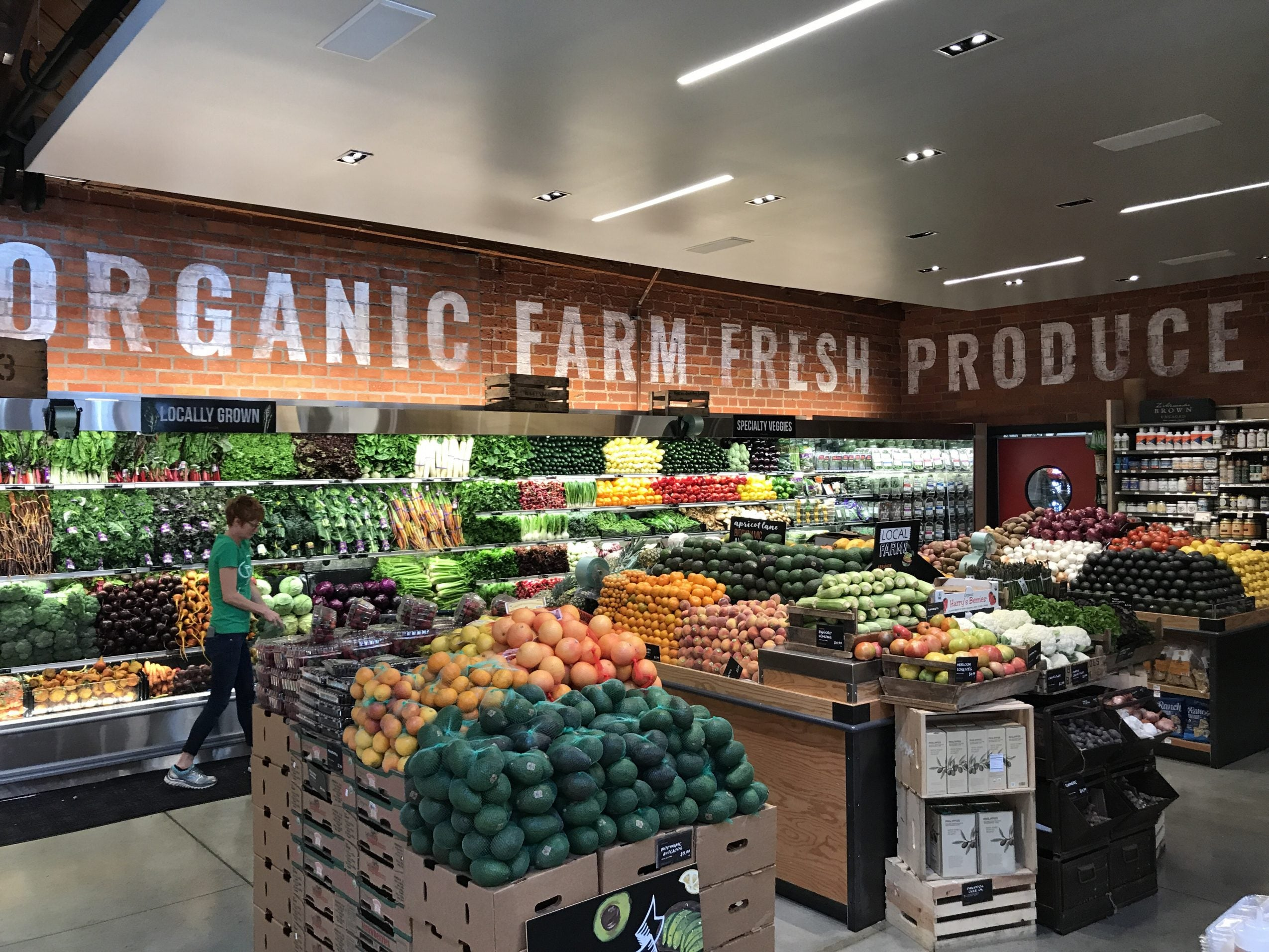 Organic produce at Erewhon Market in Venice, CA
