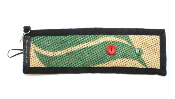 Adjustable Burlap Cozy Green Leaf with Red and Green Button Front