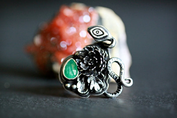 Emerald Serpent Seer Ring sz.6.5