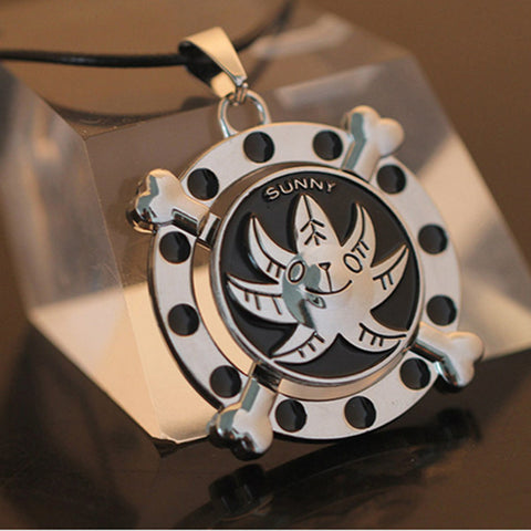 One PieceThousand Sunny Rotatable  Necklace