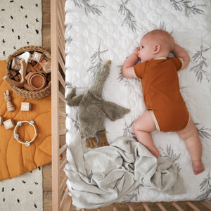 LITTLE TWIG Quilt COT size [PRE ORDER]