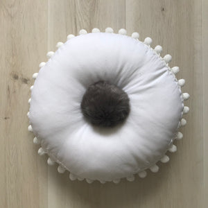 FUR POMPOM mini cushion