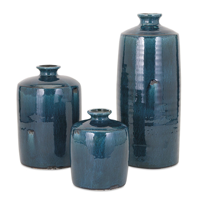 Arlo-Medium-Blue-Vase