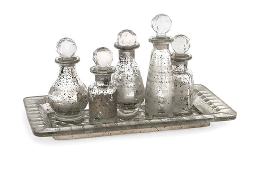 Macaire-Mini-Bottles-with-Trays