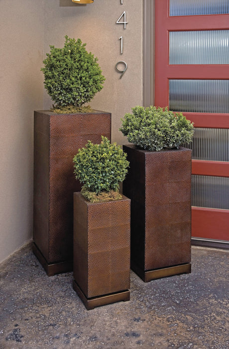 CKI-Tall-5th-Avenue-Planters
