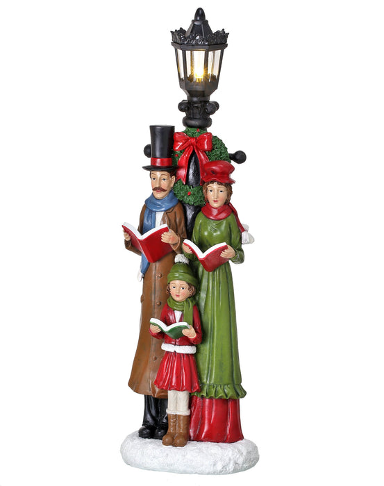 "18"" B/O CAROLER FAMILY W/LIGHTPOST"