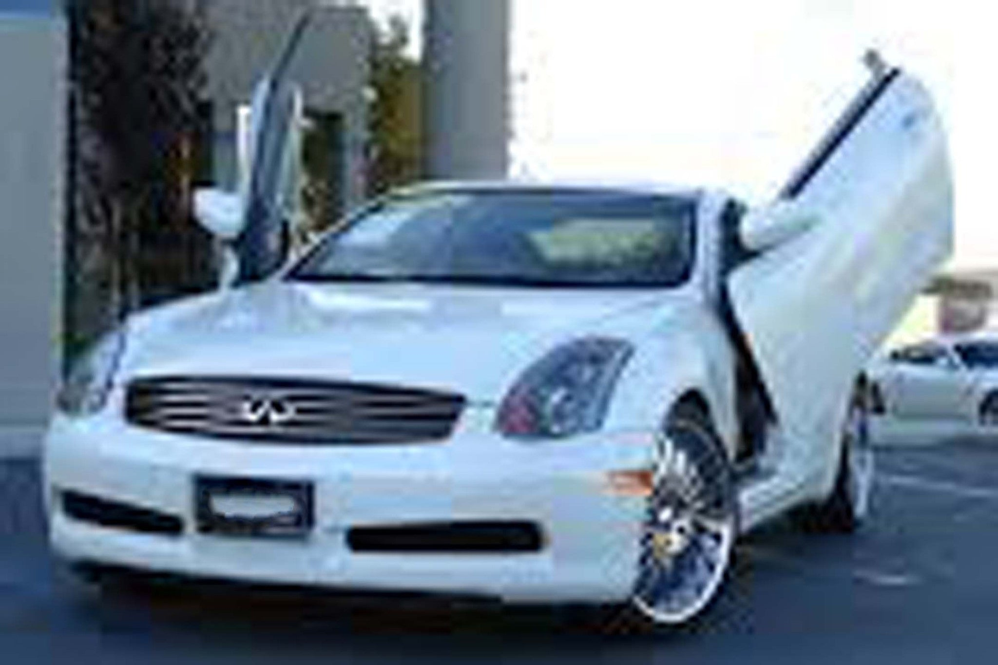 Infinity G35 Sedan 2003-2008 4DR Vertical Lambo Doors