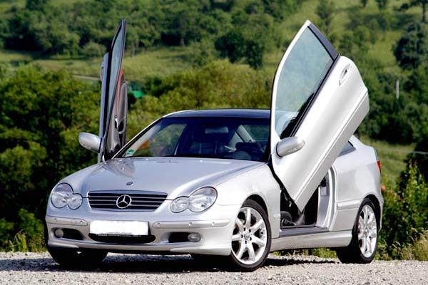 Mercedes C20 2001-2005 Vertical Lambo Doors