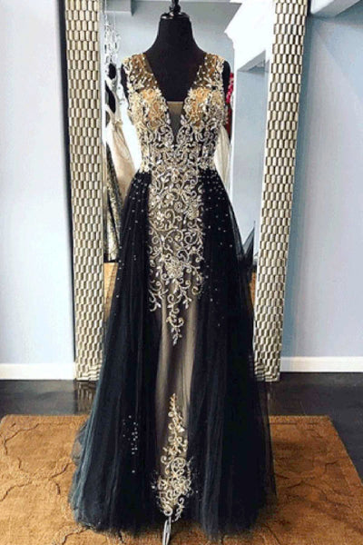 2019 Long Prom Dresses | Black tulle V neck long embroidery lace halter evening dress with removable skirt
