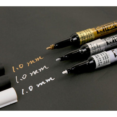 Sakura Fine Point Metallic Marker set