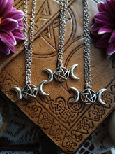 Load image into Gallery viewer, Triple Moon Necklace
