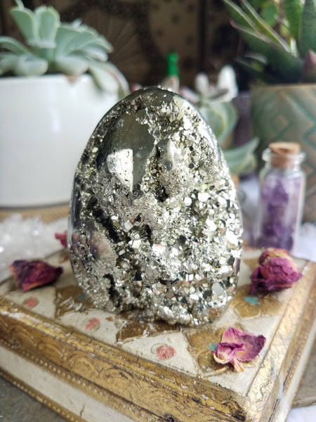 Self Standing Pyrite Free Form