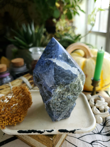 Semi Polished Sodalite Tower