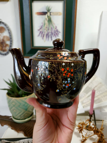 Vintage Japanese Tea Pot