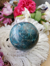 Load image into Gallery viewer, Blue Apatite Sphere