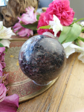 Load image into Gallery viewer, Pyrope Garnet Sphere
