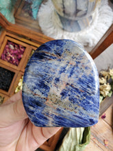 Load image into Gallery viewer, Sodalite Free Form
