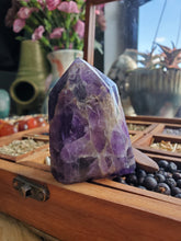 Load image into Gallery viewer, Chevron Amethyst Tower