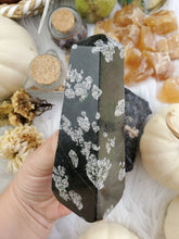 Load image into Gallery viewer, Snowflake Obsidian Obelisk