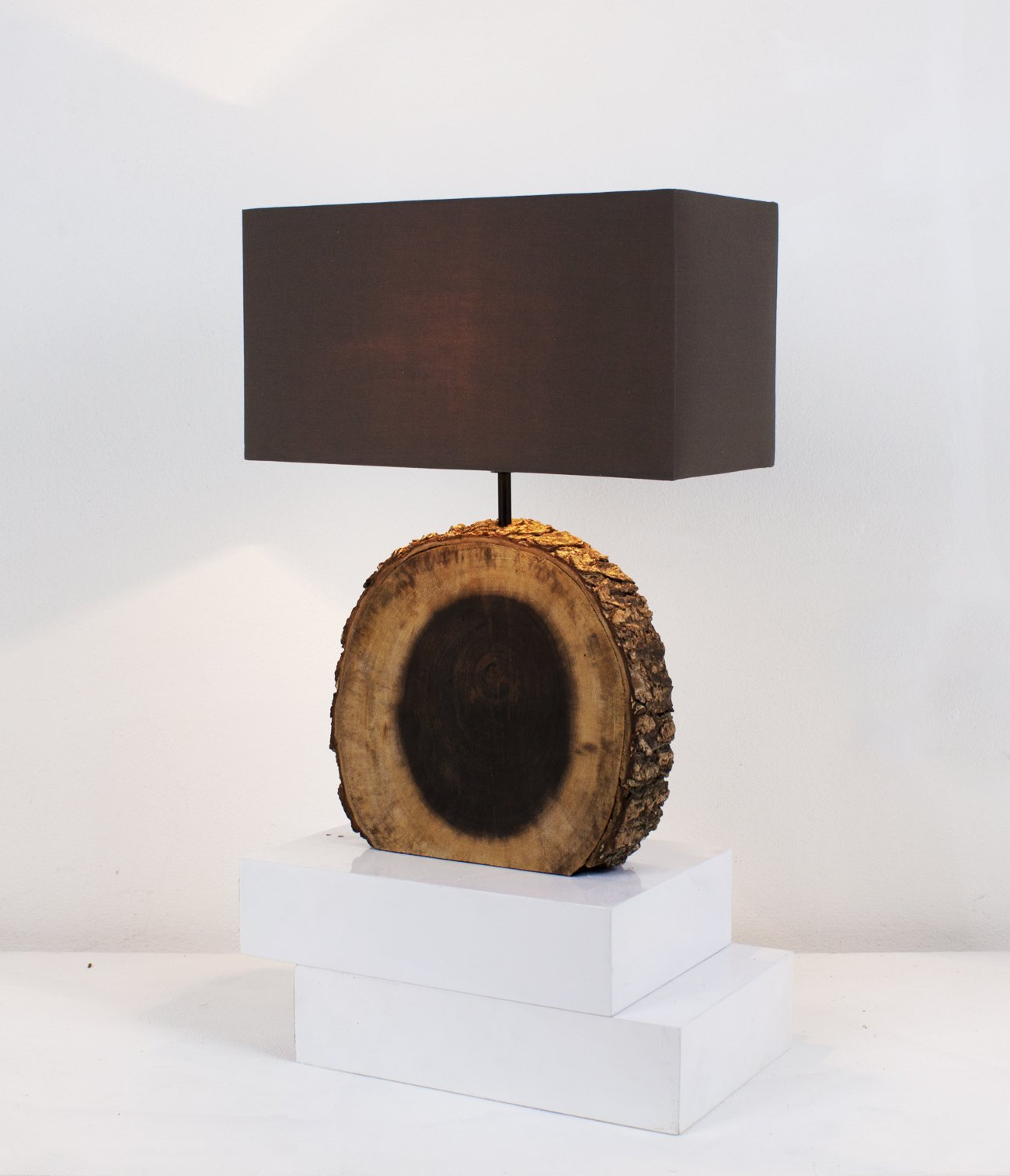 Rustic Tree Bark Table Lamp - O'THENTIQUE
