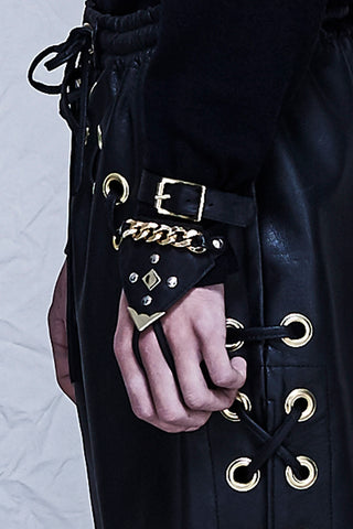 Golden Hand Harness