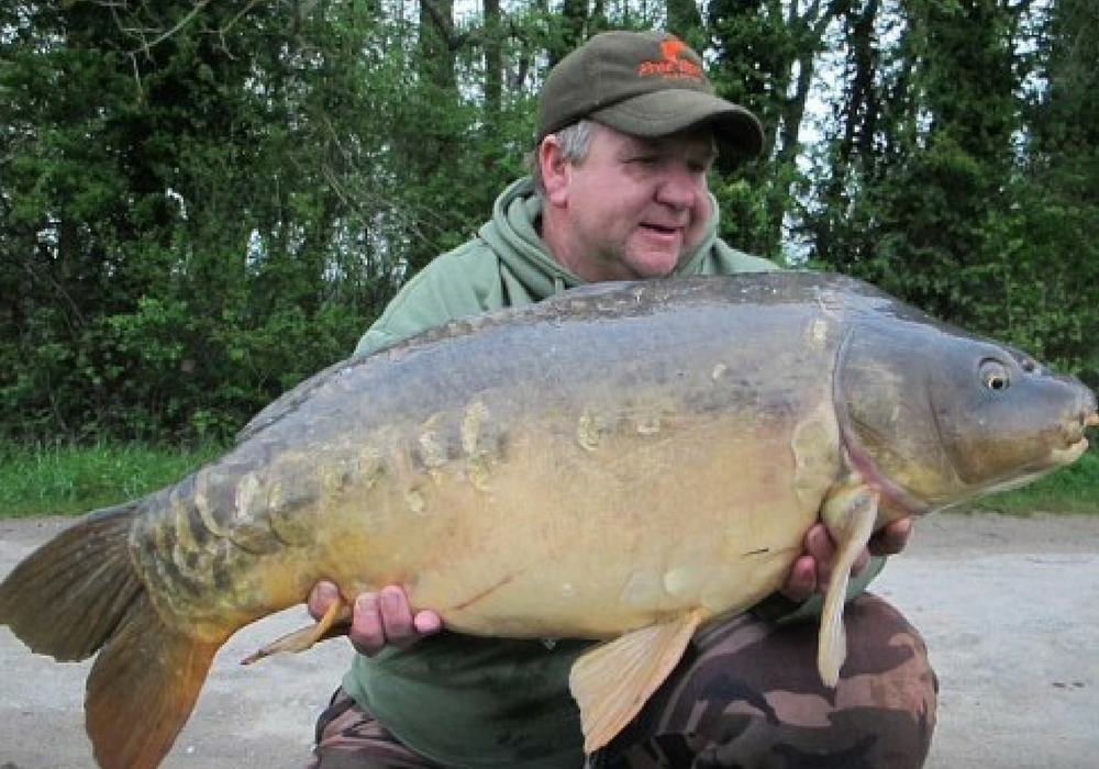 Rob with a Mirror Carp