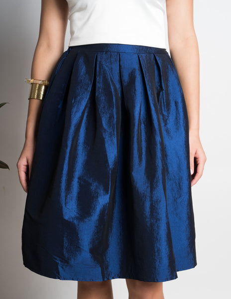 Classic vintage look wide full swing skirt
