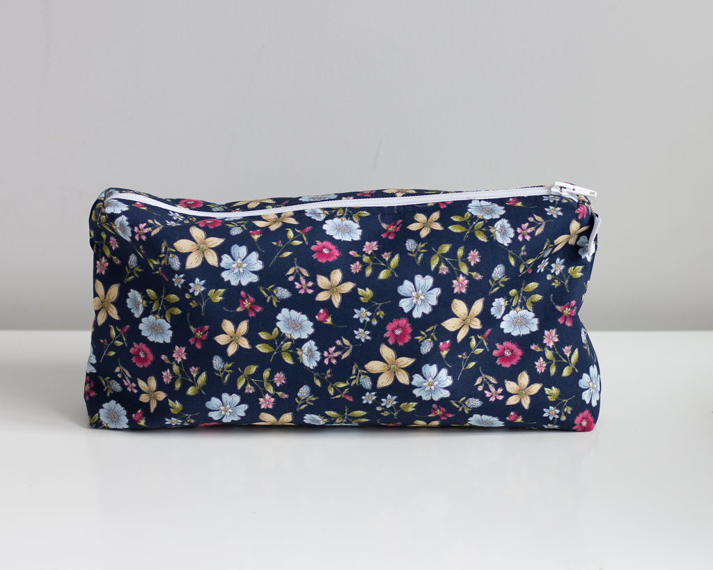 Carry All Purse - Navy Floral