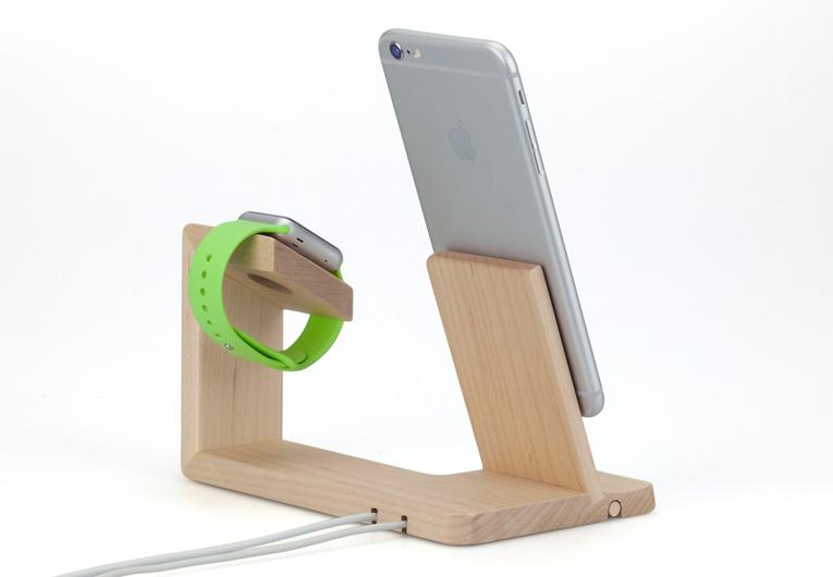 TUNEWEAR Tree Charging Stand for iPhone and Apple Watch - Case Studio
