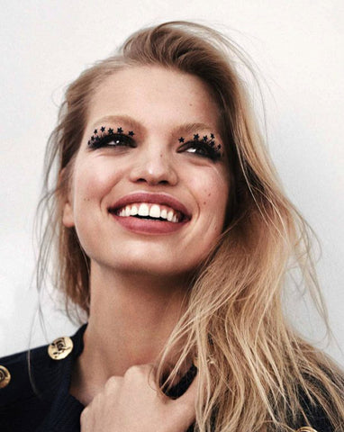 Daphne Groeneveld with star stickers