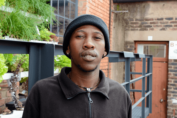 Meet Mojalifa, <br/>he gives trash a second chance