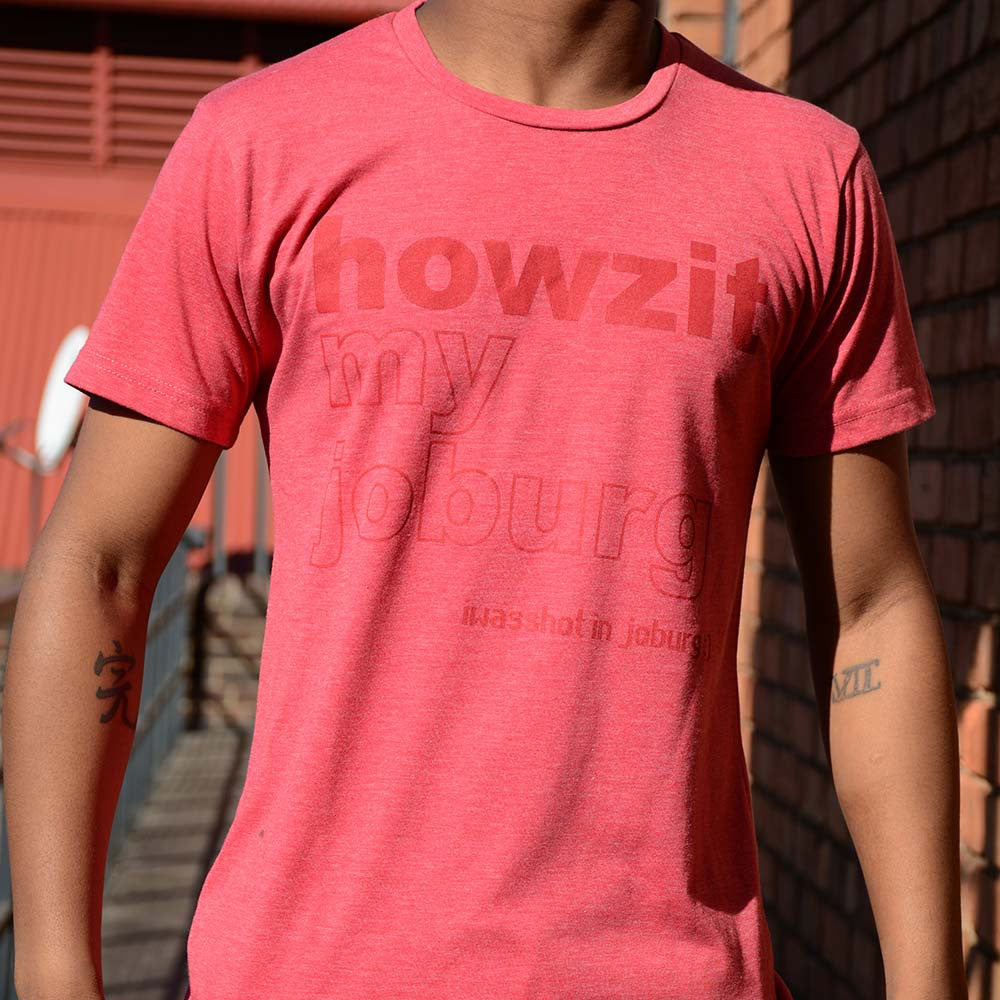 T-Shirt Red - HOWZIT | www.iiilovelocal.com