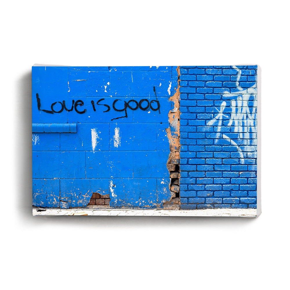 Canvas Print Love Is Good | www.iiilovelocal.com