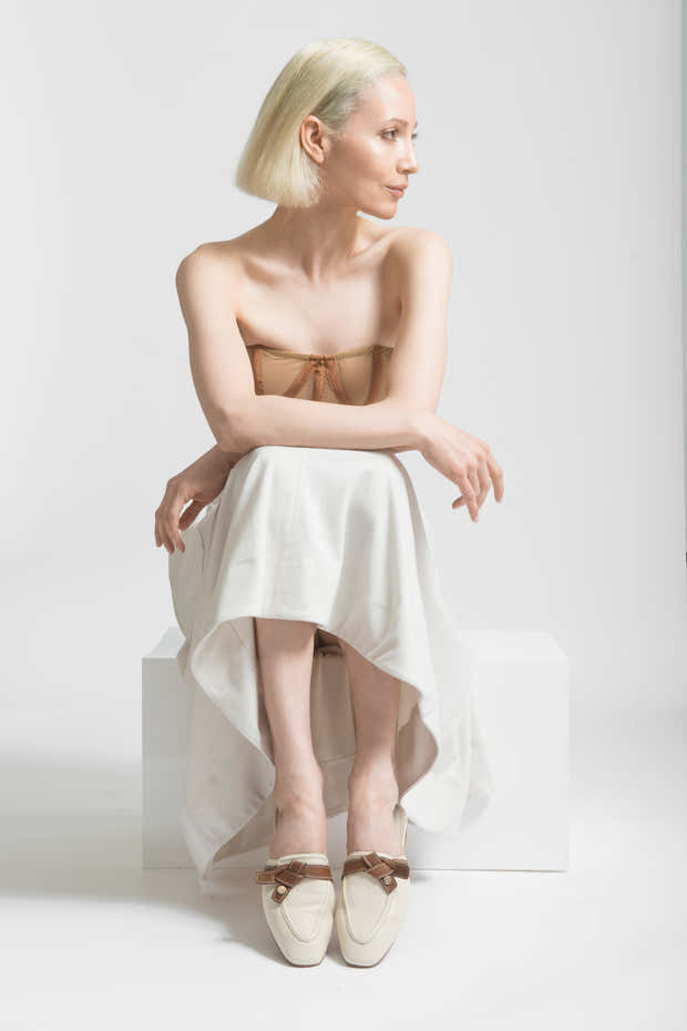 movement mules in ivory/tan leather 1