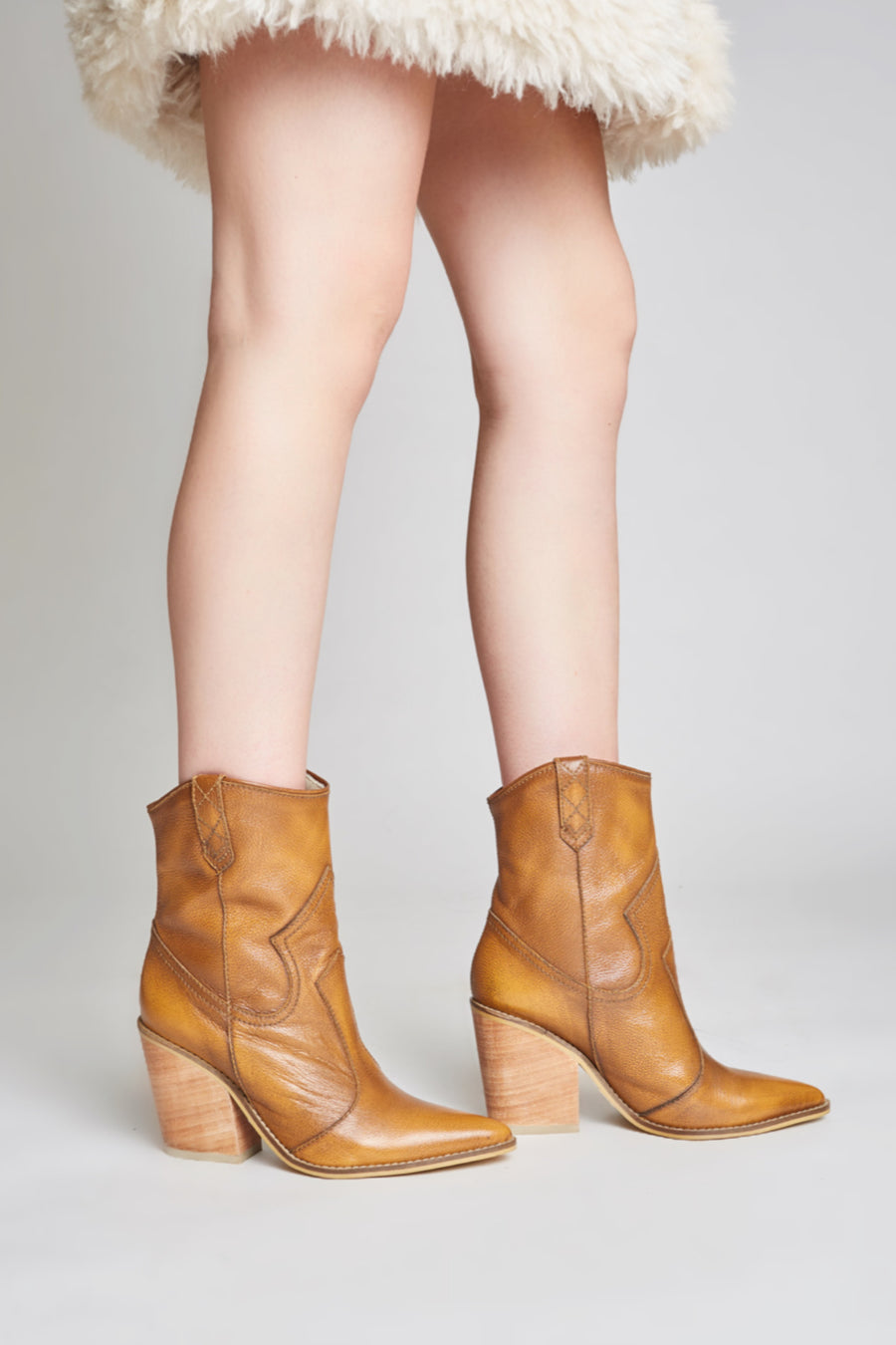 Strength wester booties in tan brush-off leather