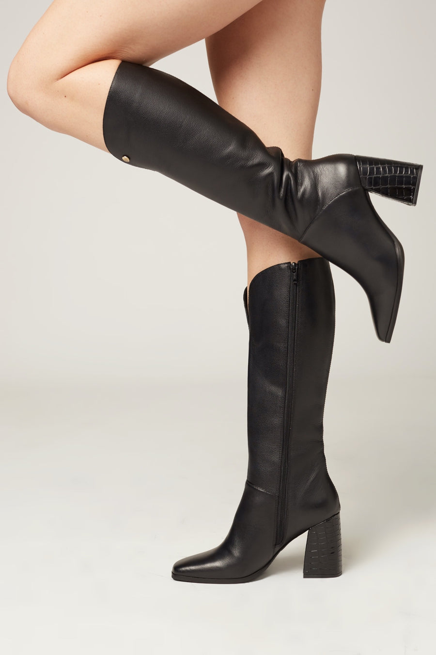 Alexandria knee high boots In black leather
