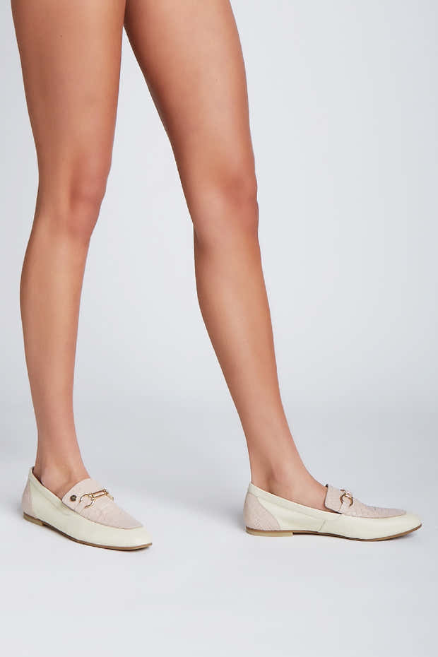 Natural loafers in ivory/nude leather 1