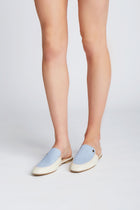 Body mules in ivory/blue leather
