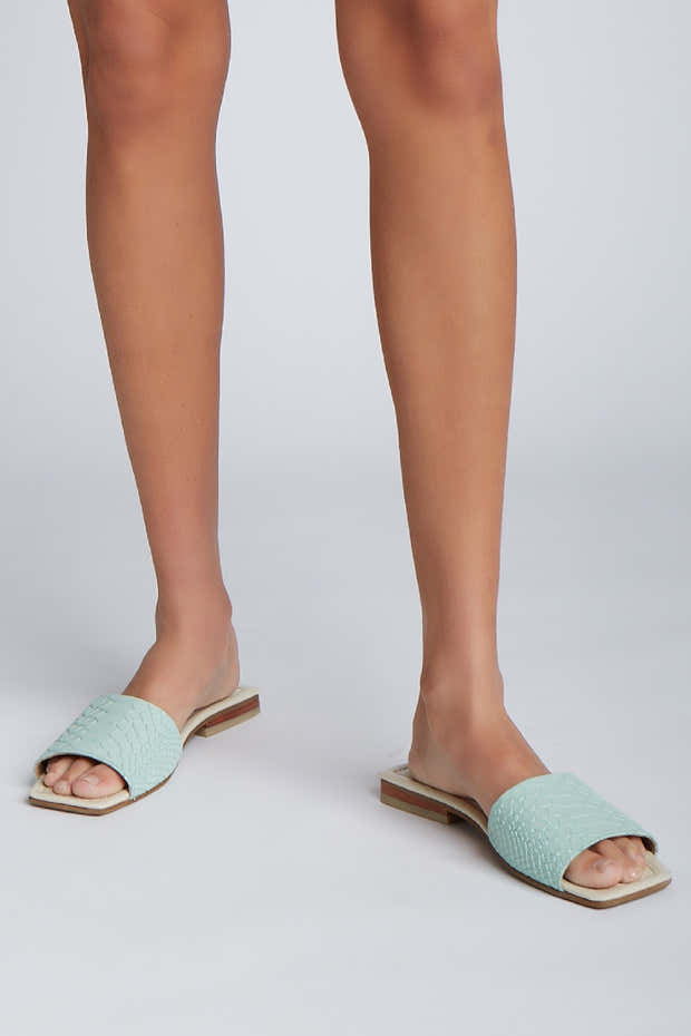 Serenity sandals in green/ivory leather 1