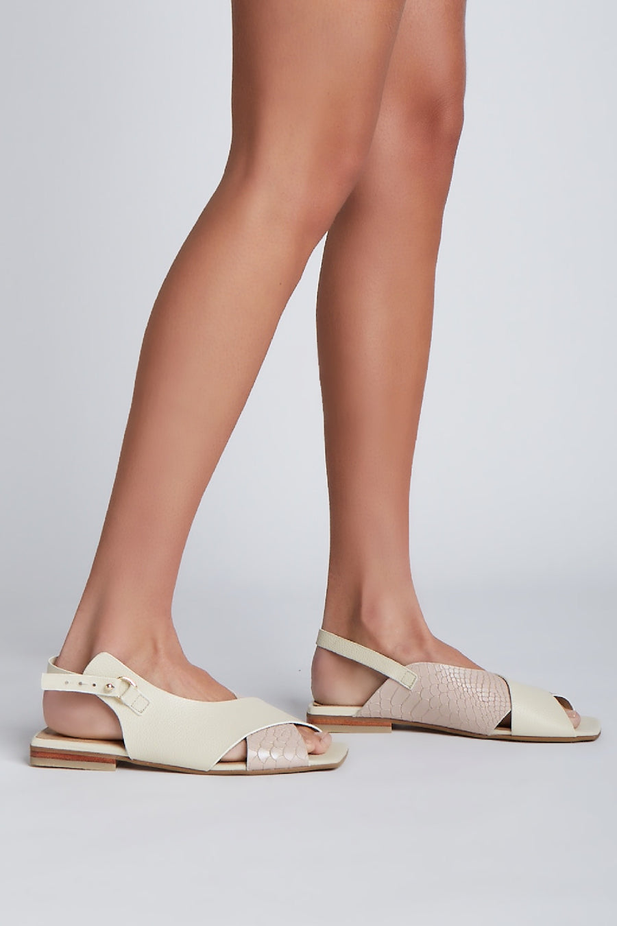 Root sandals in nude/ivory leather