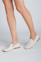 Breath loafers in ivory leather