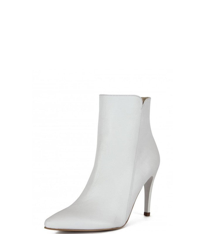 Radiance booties in white leather