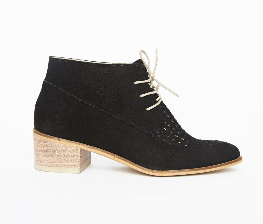 Berlin booties in black suede leather