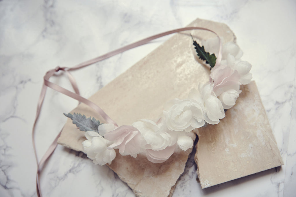 Lily Rose flower crown pink powder handmade in France.
