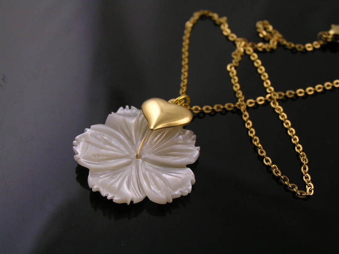 Mother-of-Pearl Flower and Heart Necklace, Gold