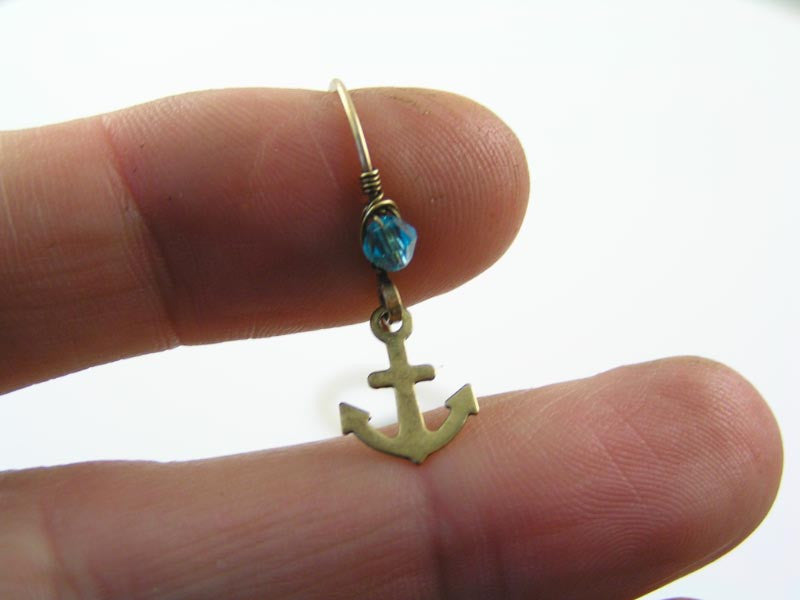 Cute Wire Wrapped Anchor Charm Earrings