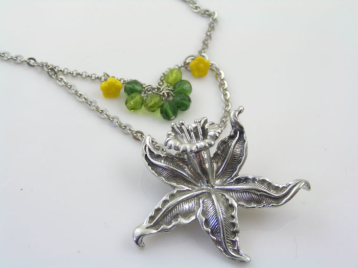 Daffodil Flower Necklace