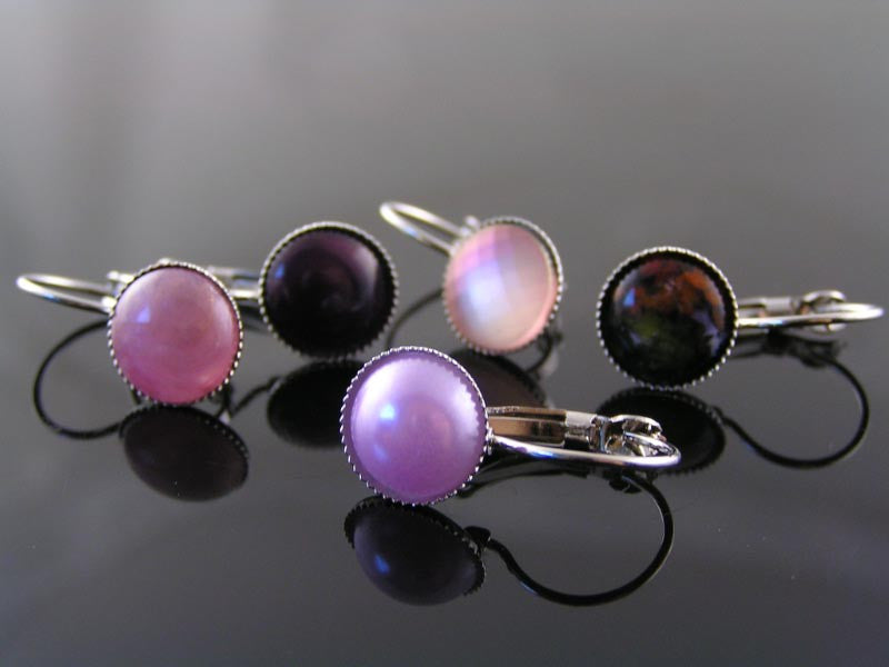 Light Purple Pearl Earrings